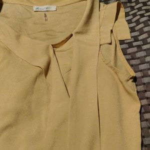 comme toi Tops - Mustard yellow work blouse